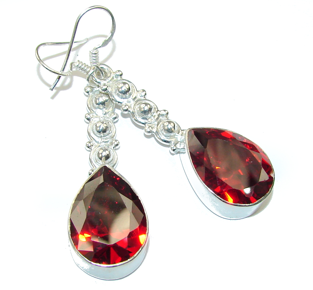 Deep Love! Created Red Garnet Sterling Silver