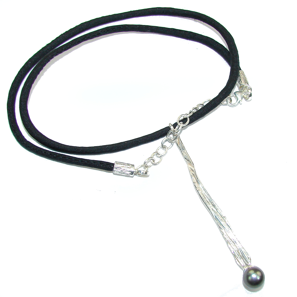 Beautiful Design! Blister Pearl Sterling Silver necklace