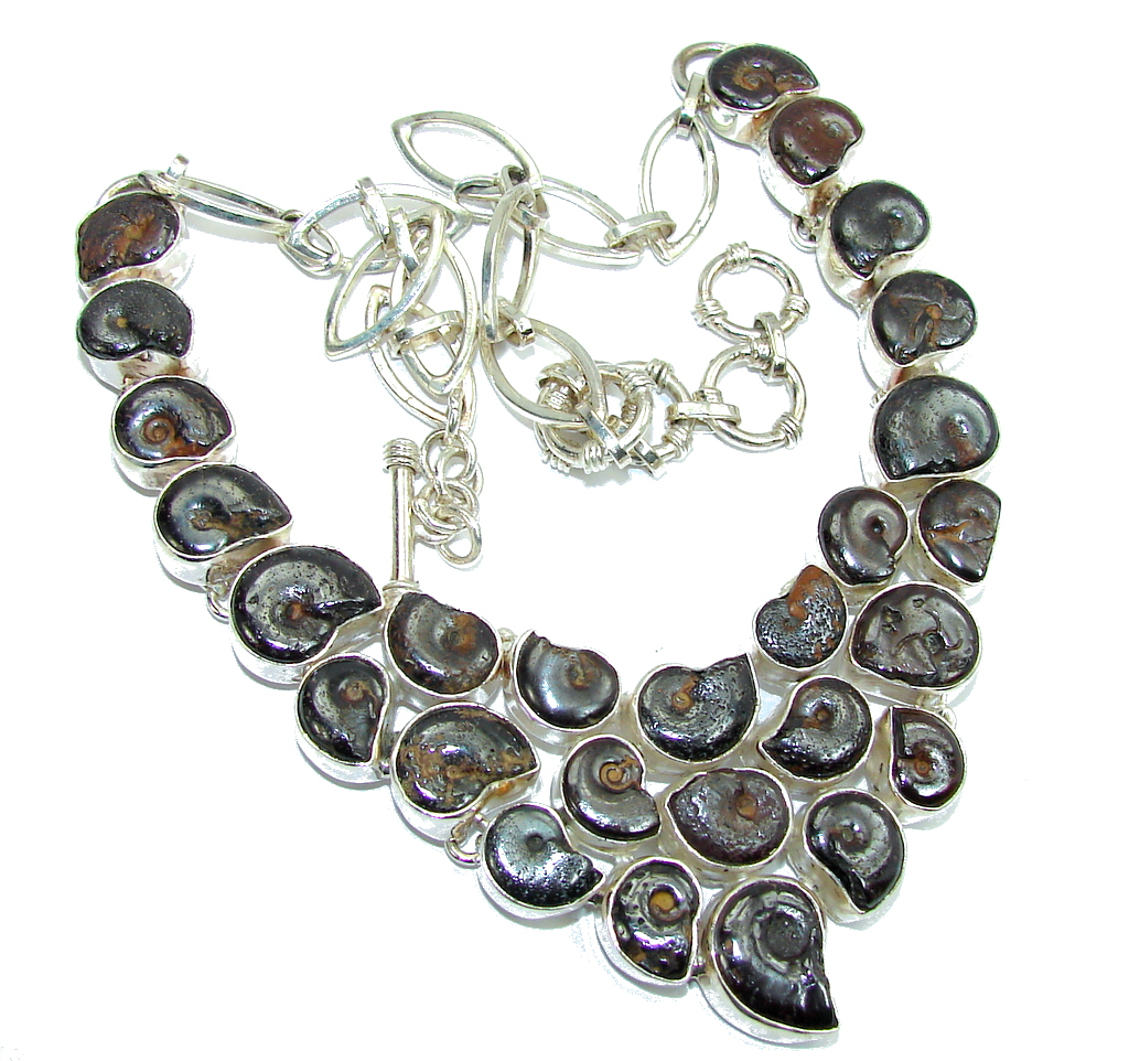 Stylish Beauty Silver Shell Hematite Sterling Silver Necklace