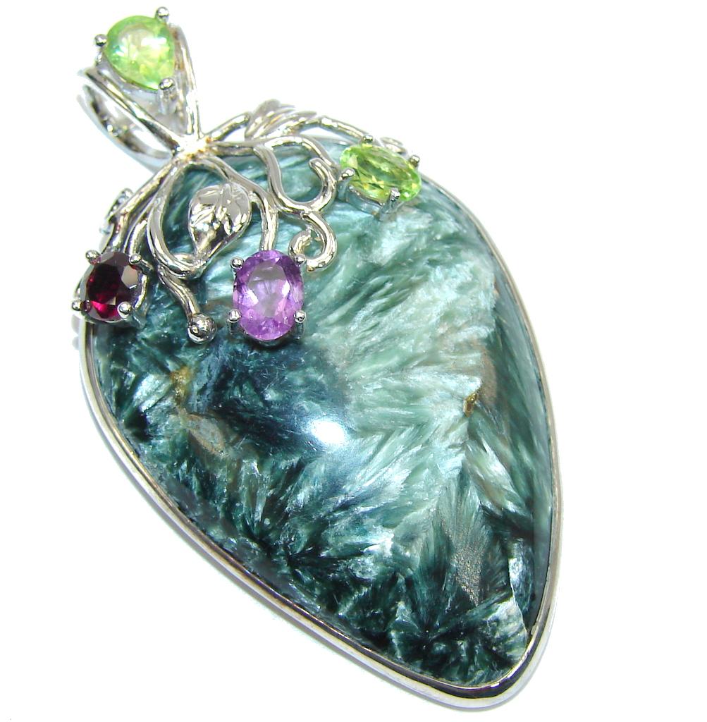 Secret Beauty AAA Green Seraphinite Sterling Silver Pendant