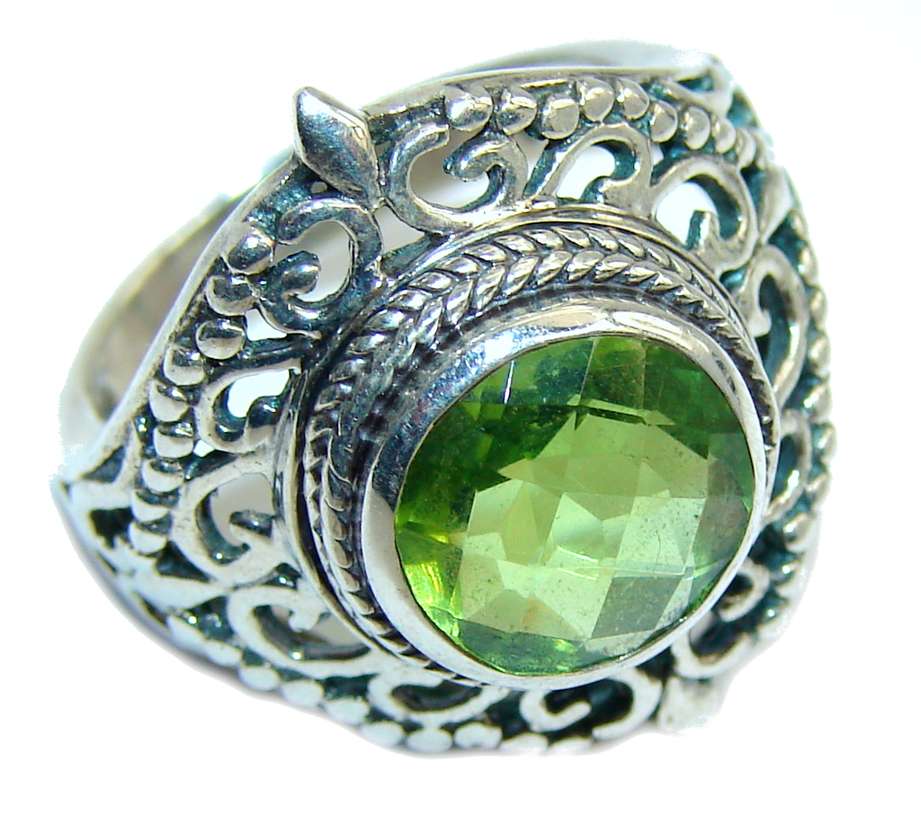 Fresh Created Green Peridot Sterling Silver Ring s. 6
