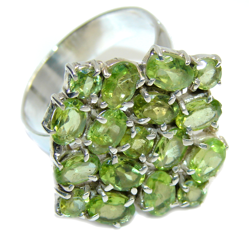 Delicate Island Green Peridot Sterling Silver Ring s. 11