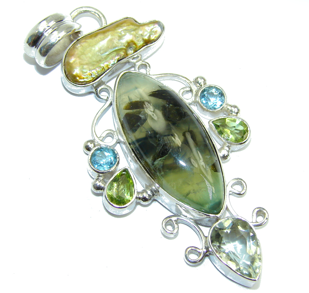 Secret AAA Green Moss Prehnite Sterling Silver Pendant 107588