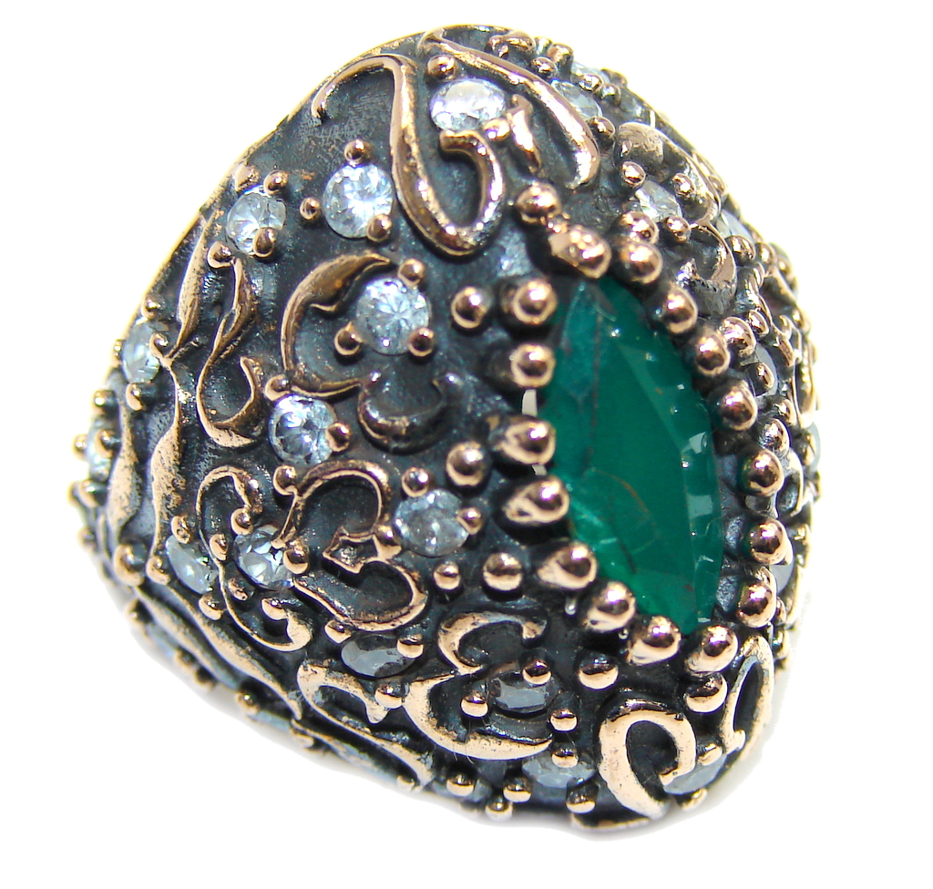 Victorian Style created Emerald & White Topaz Sterling Silver ring; s. 5 1/2