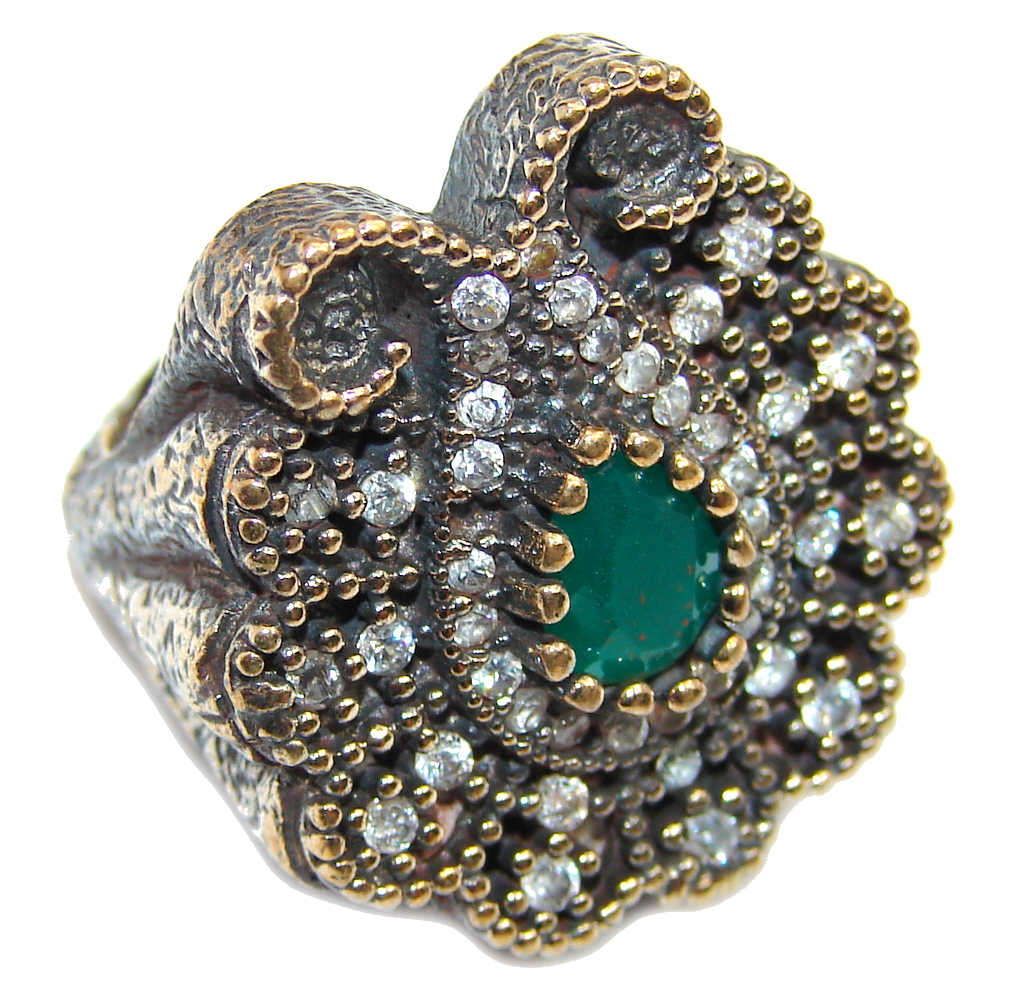 Victorian Style created Emerald & White Topaz Sterling Silver ring; s. 6 3/4
