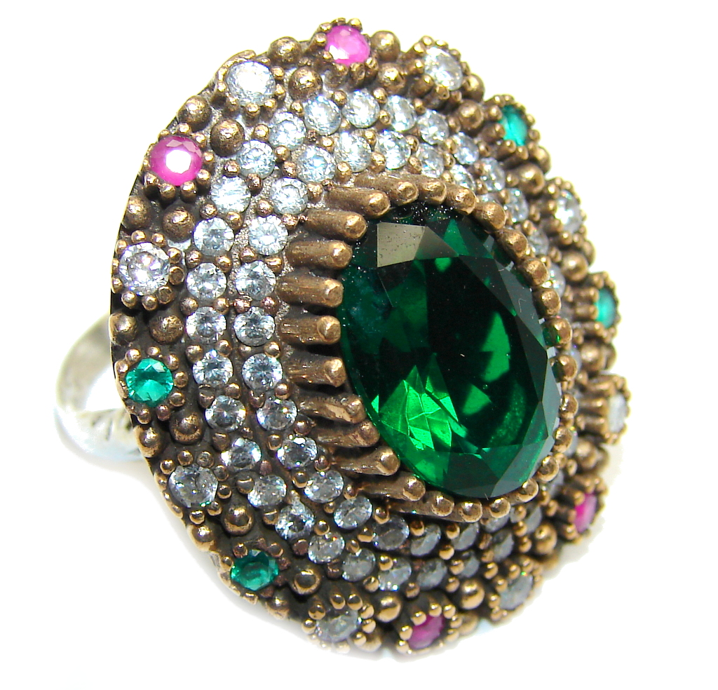 Victorian Style created Emerald & White Topaz Sterling Silver ring; s. 9