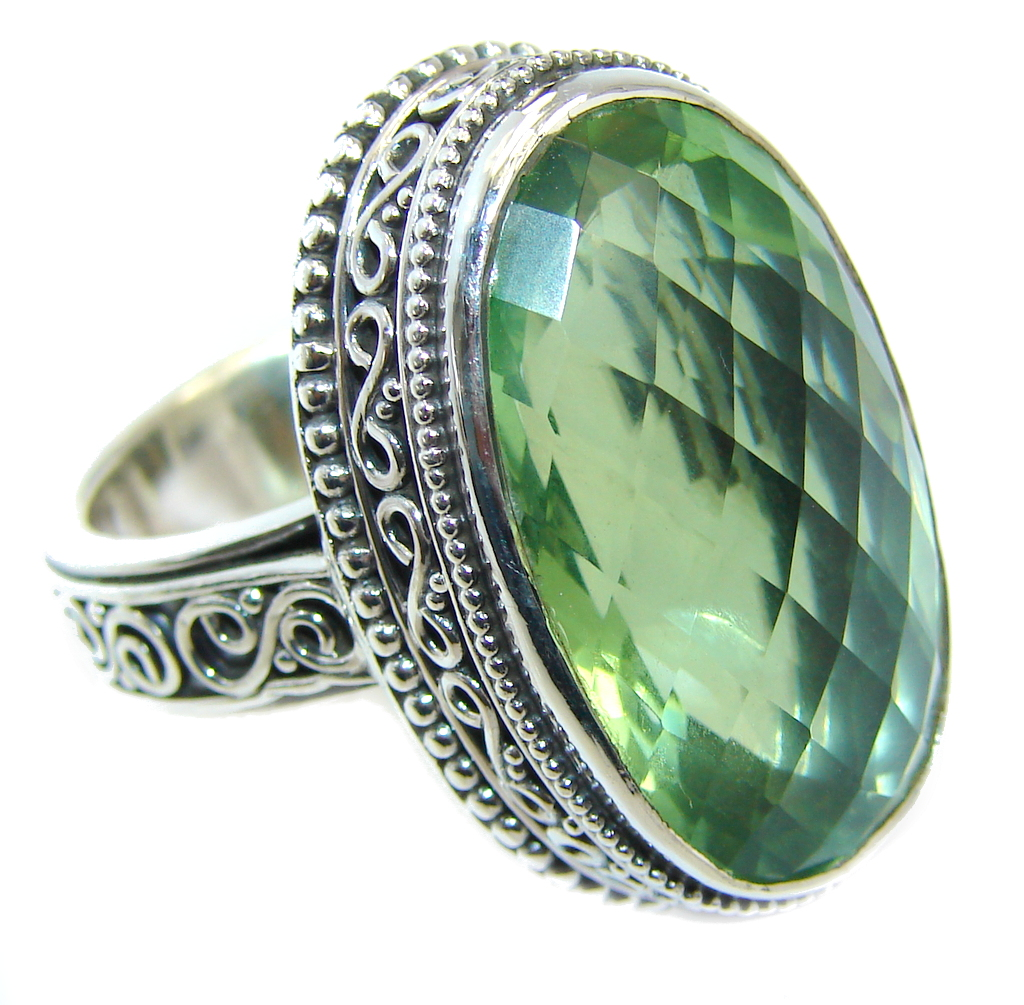 Amazing Heavenly Green Quartz Sterling Silver Ring s. 7
