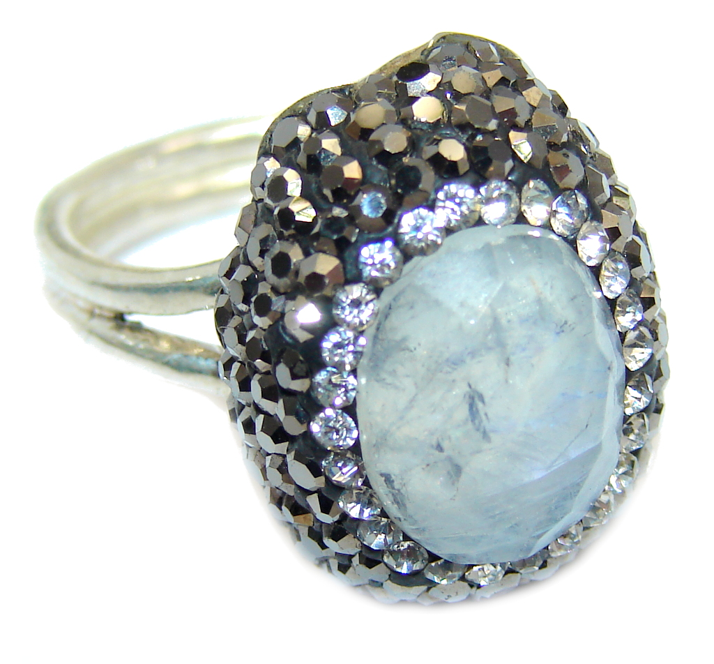 Great Quality Moonstone Spinel Sterling Silver ring s. 6