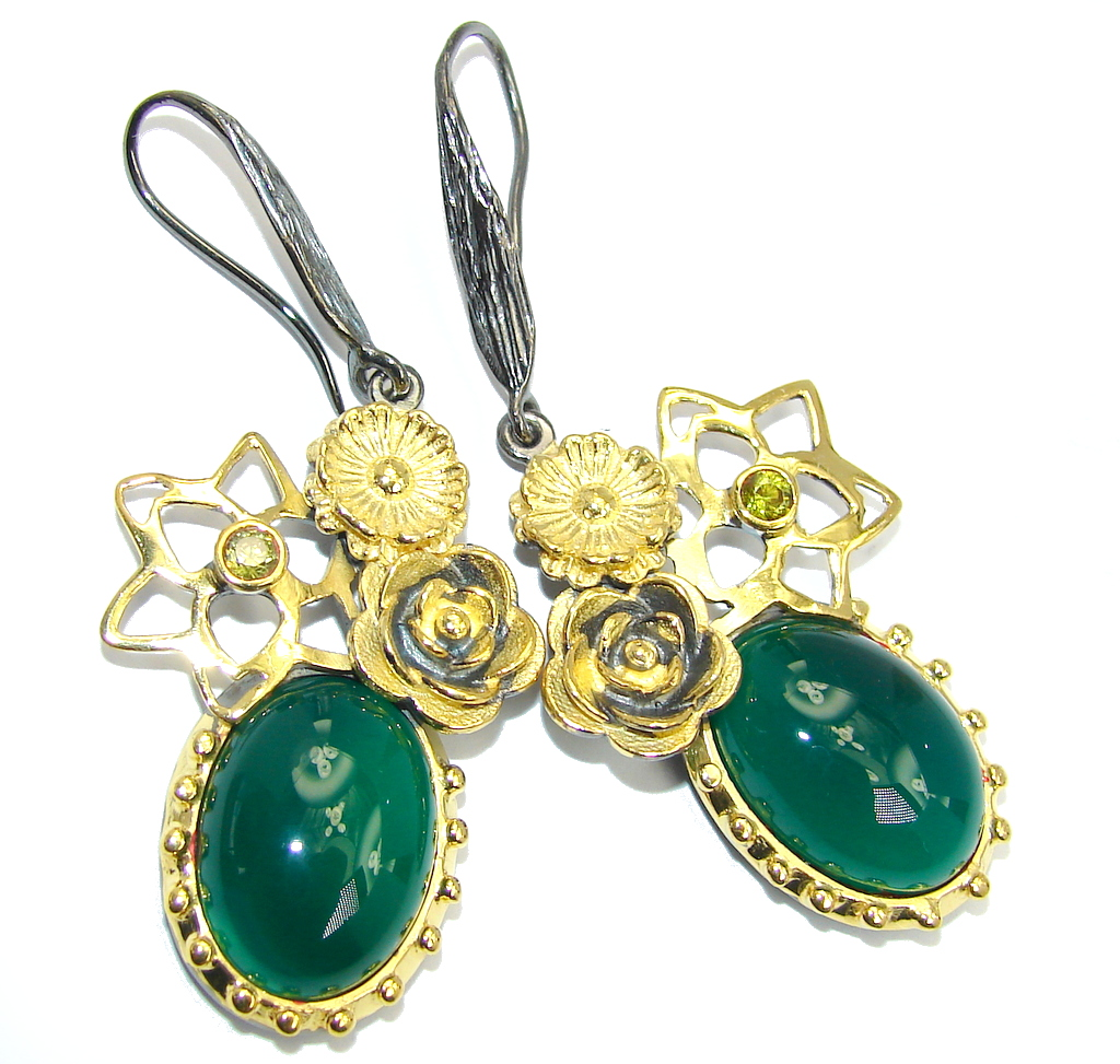 Exclusive Design Agate & Peridot Gold Rhodium Plated Sterling Silver ear..