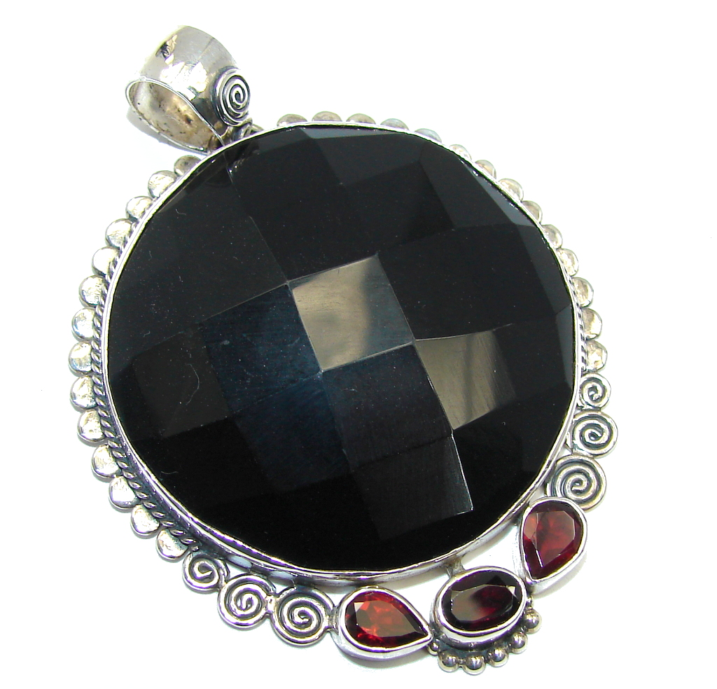 Amazing Black Onyx Sterling Silver Pendant