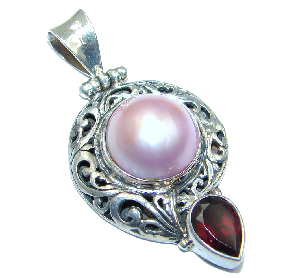 Amazing Quality Rainbow Pearl Sterling Silver Pendant