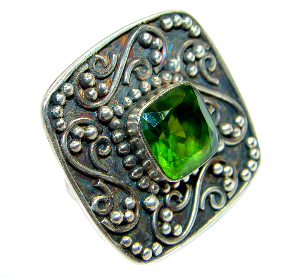 Classic Authentic Peridot Sterling Silver Ring s. 7