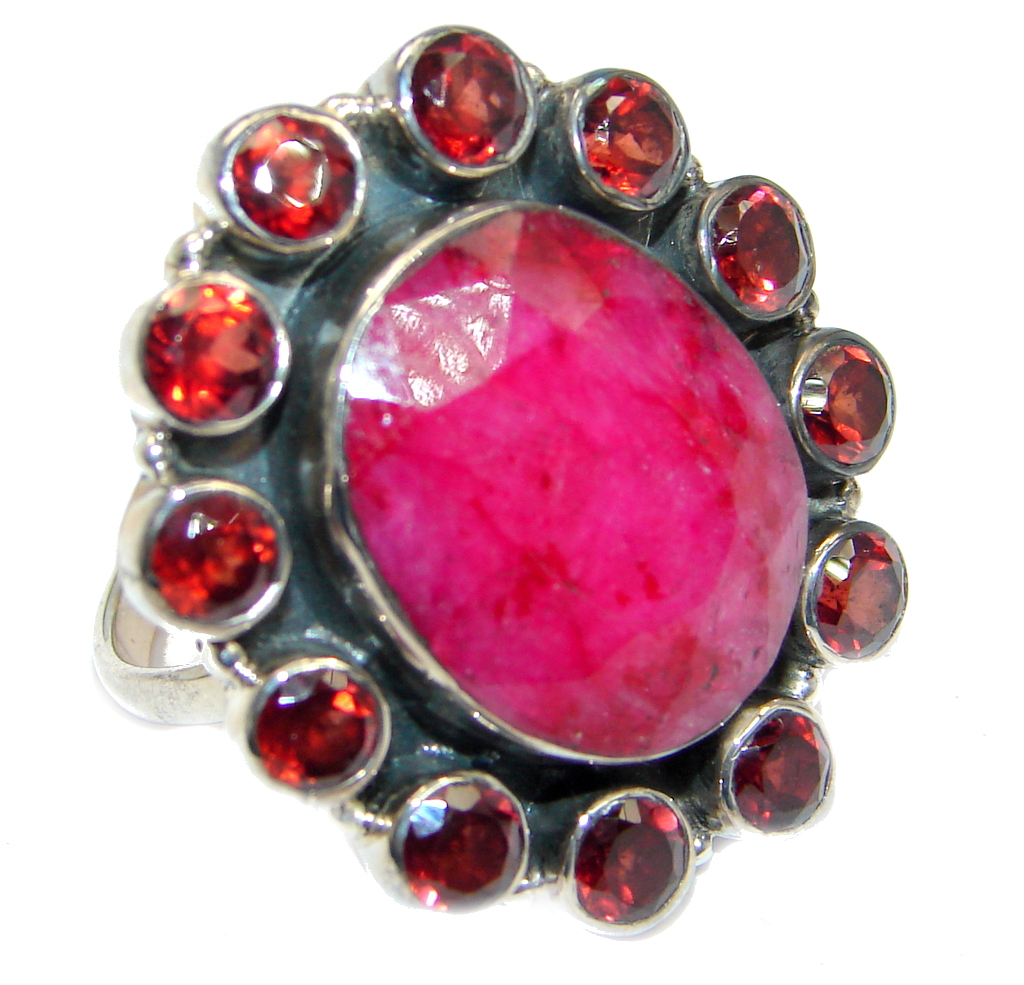 Great Style Ruby Garnet Sterling Silver ring; s. 8 1/4