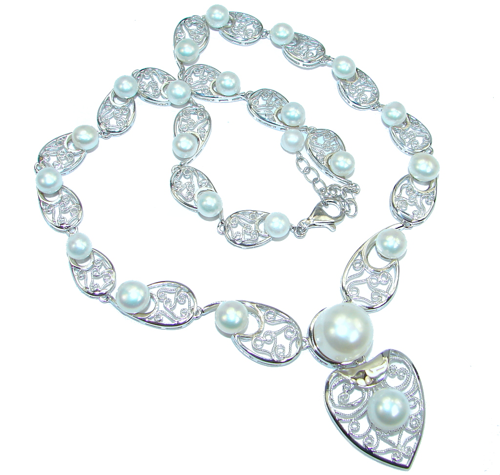 Image of Fascinating Round Button Creamy White Pearl 925 Sterling Silver Necklace 18 inchs long