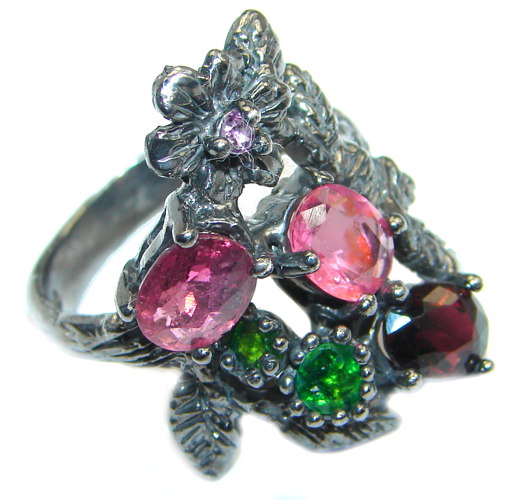 Floral design genuine Ruby & Chrome Diopside Rhodium plated over Sterling Silver ring; s. 7