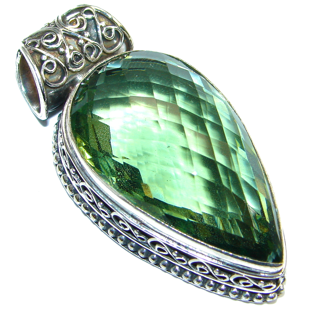 Amazing created Emerald  color Quartz Sterling Silver Pendant