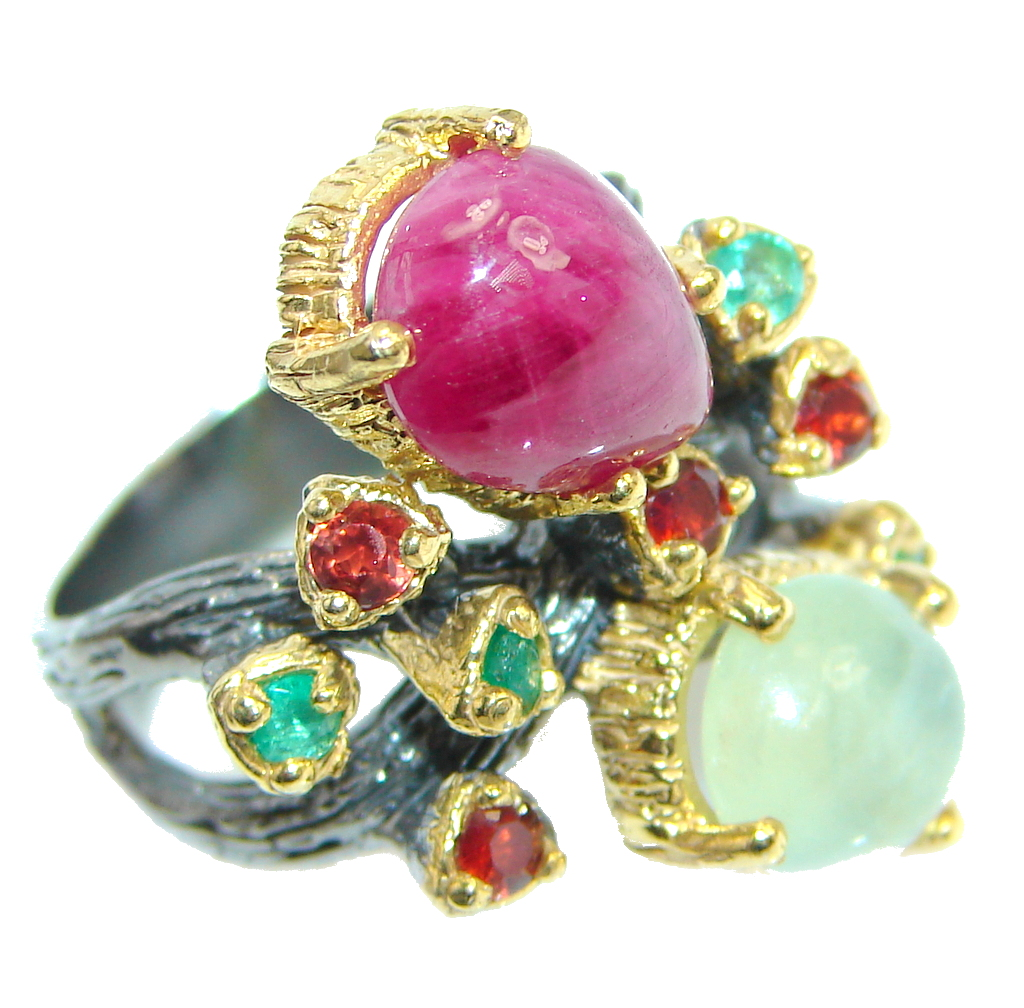 Unique design genuine Ruby Prehnite Gold plated over Sterling Silver ring; s. 7