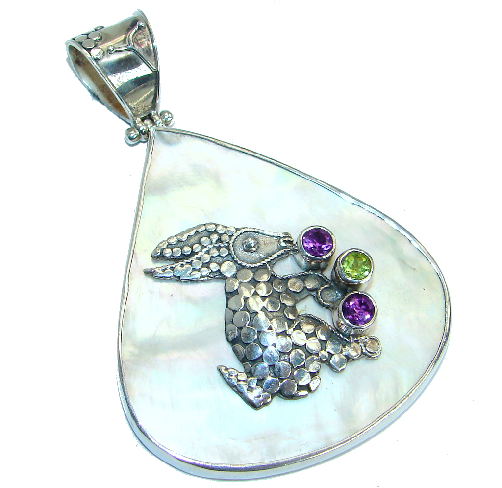Rabbit  Blister Pearl Peridot .925 Sterling Silver handmade earrings