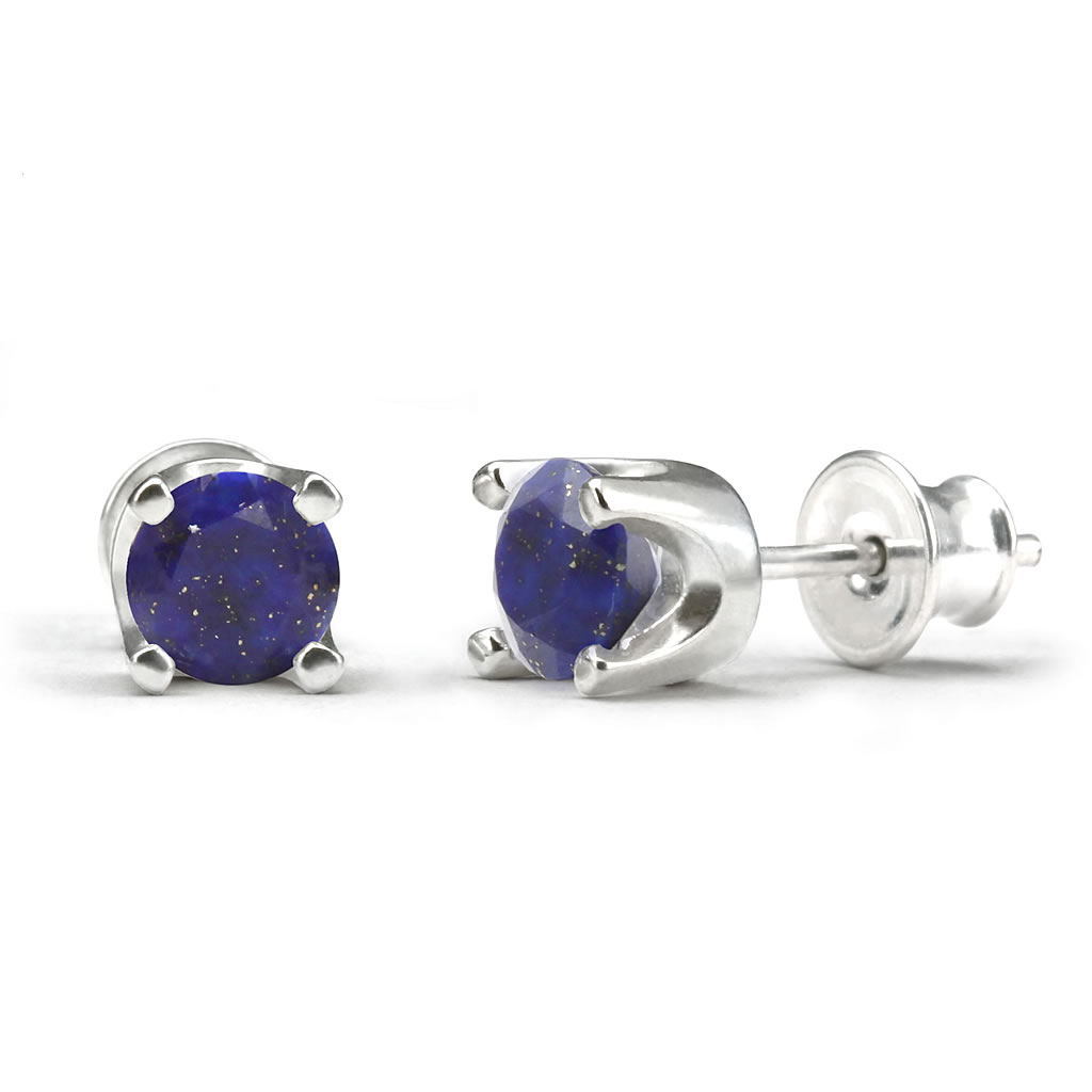 Elegant studs in sterling silver with a lapis lazuli