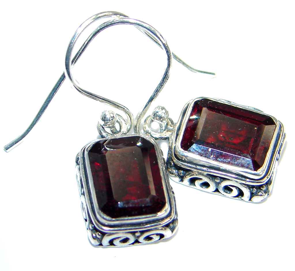 Unique natural Garnet .925 Sterling Silver  handmade