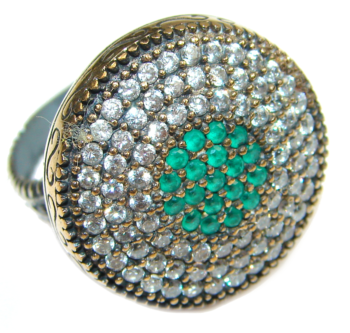 Victorian Style created Emerald & White Topaz Sterling Silver ring; s. 6 1/4
