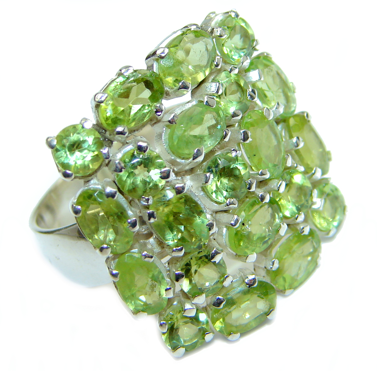 Majestic Peridot .925 Sterling Silver handmade Statement Ring s. 7 adjustable