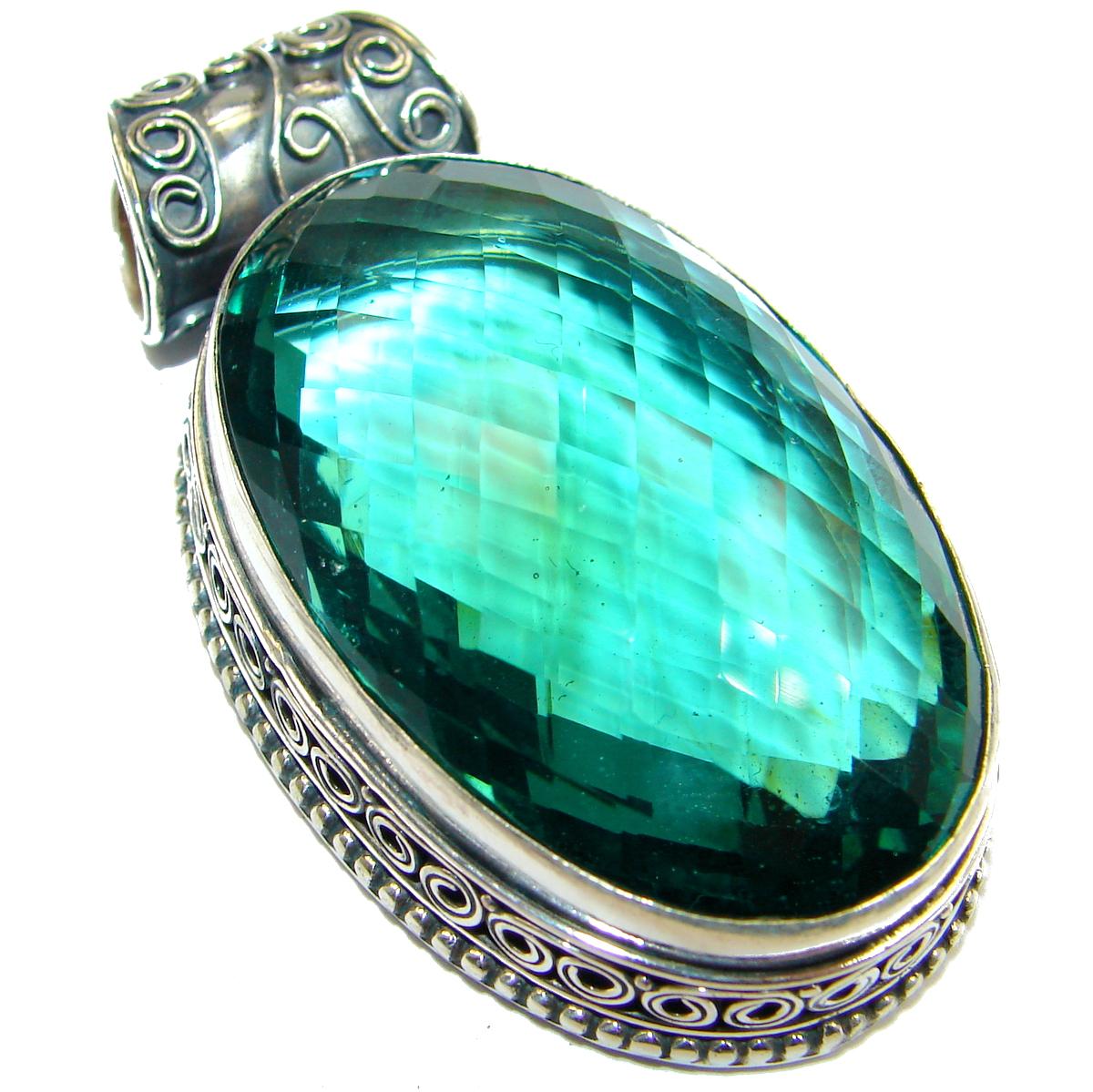 Vintage Design Amazing Emerald color Quartz .925 Sterling Silver Pendant