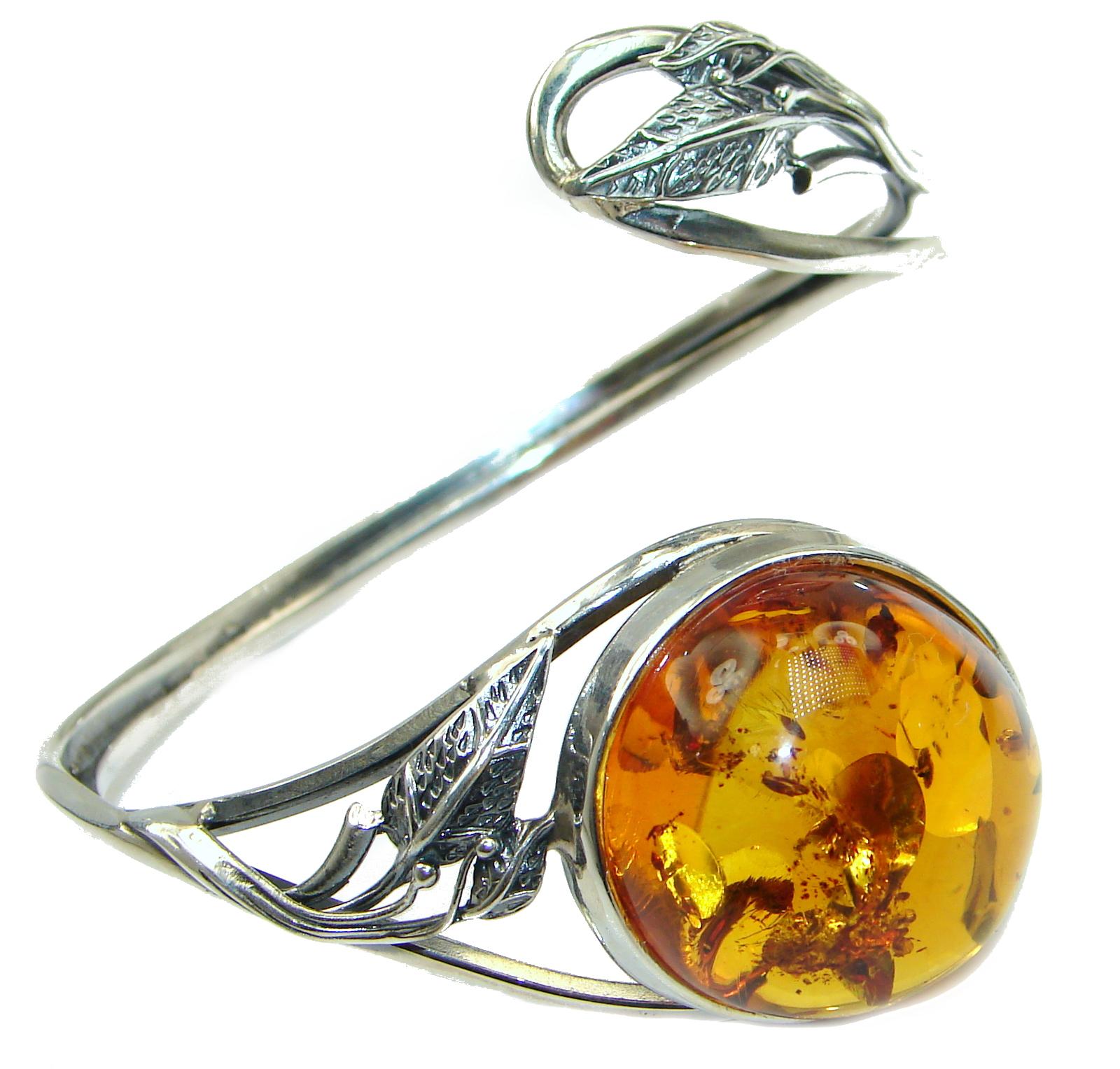 Vintage Design  Genuine Polish Amber .925 Sterling Silver handamde Bracelet ..