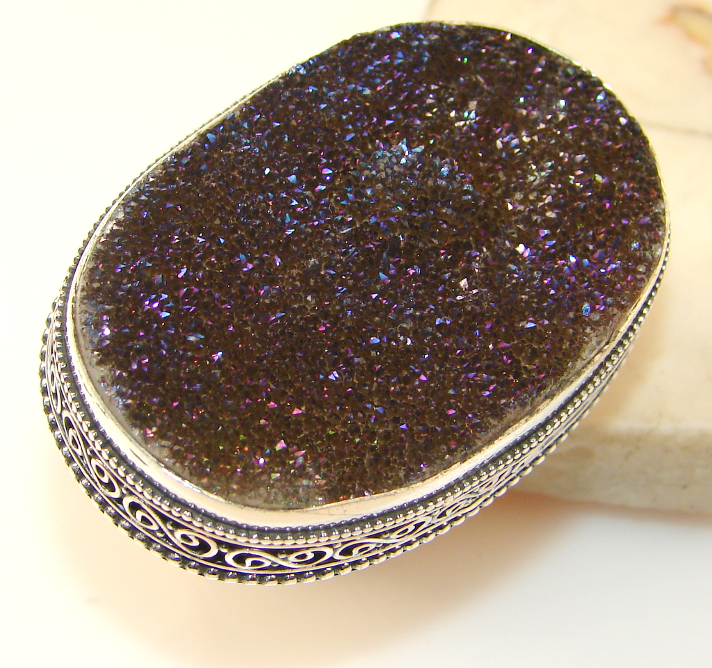Huge! Mysterious Titanum Druzy Sterling Silver ring s. 9