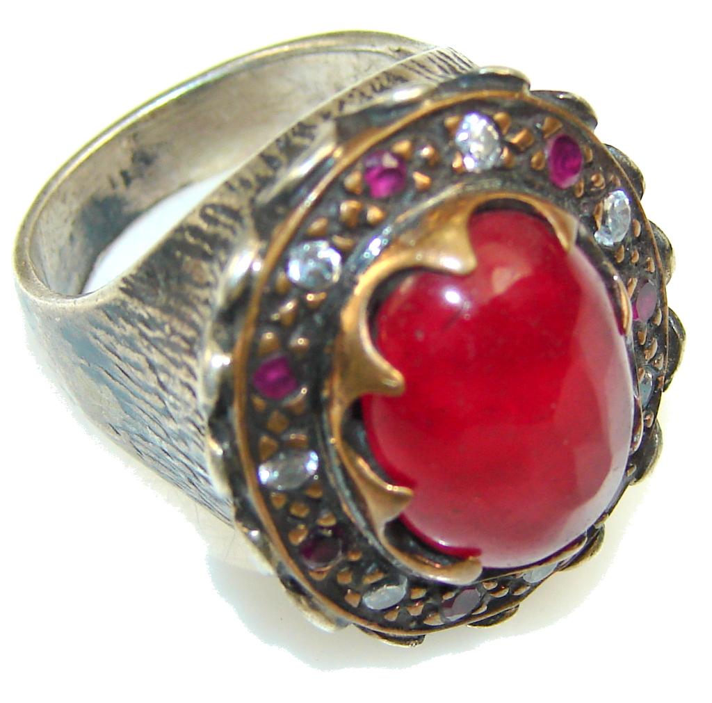 Vintage Design!! Ruby Sterling Silver ring s. 7 1/2