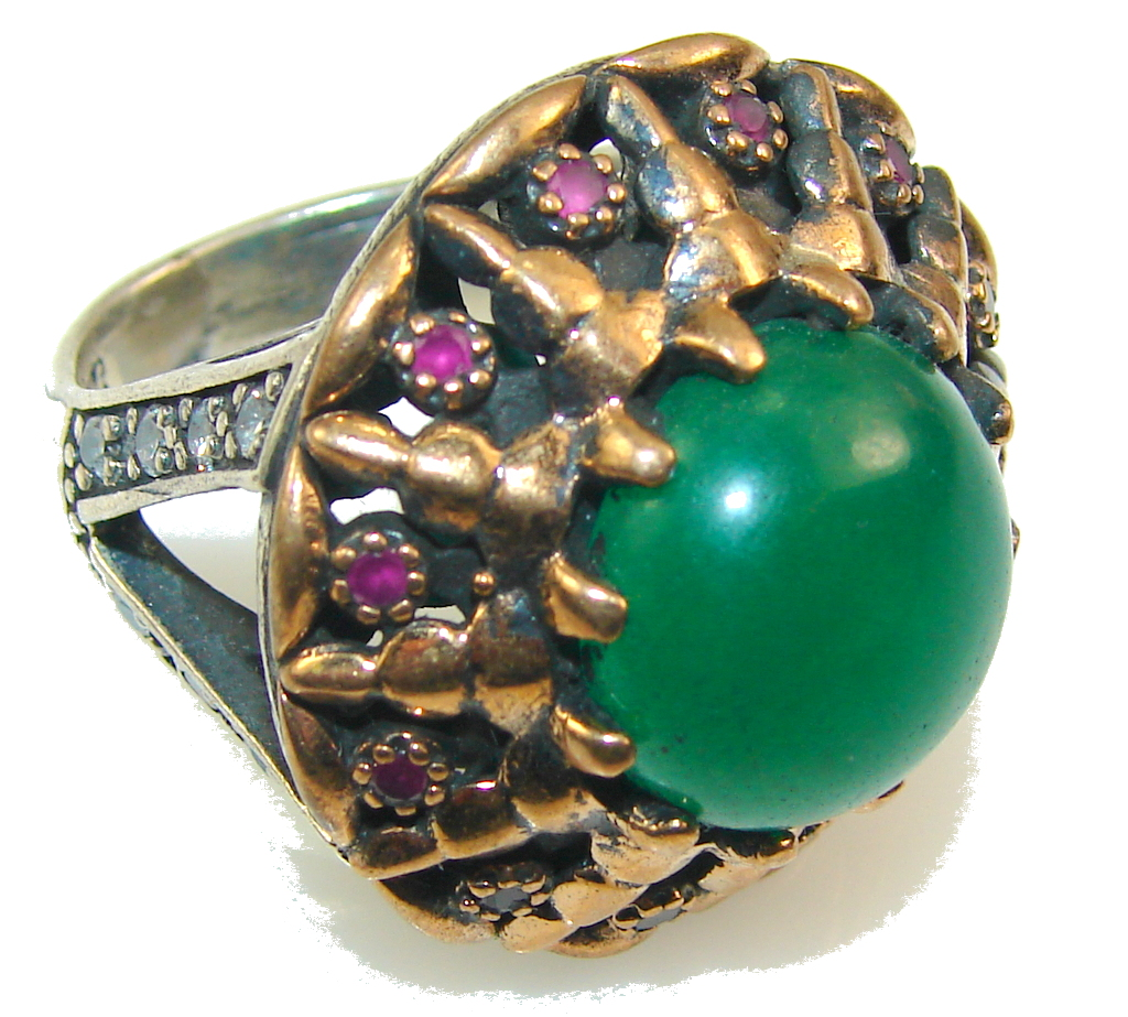 Gorgeous Design!! Green Emerald Sterling Silver Ring s. 7 1/2