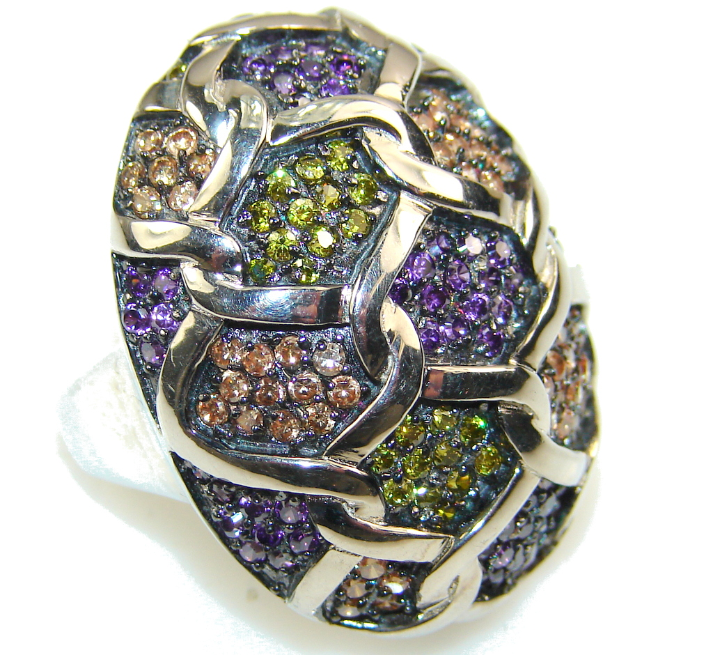 Spectacular Design!! Amethyst Sterling Silver ring s. 6 1/4
