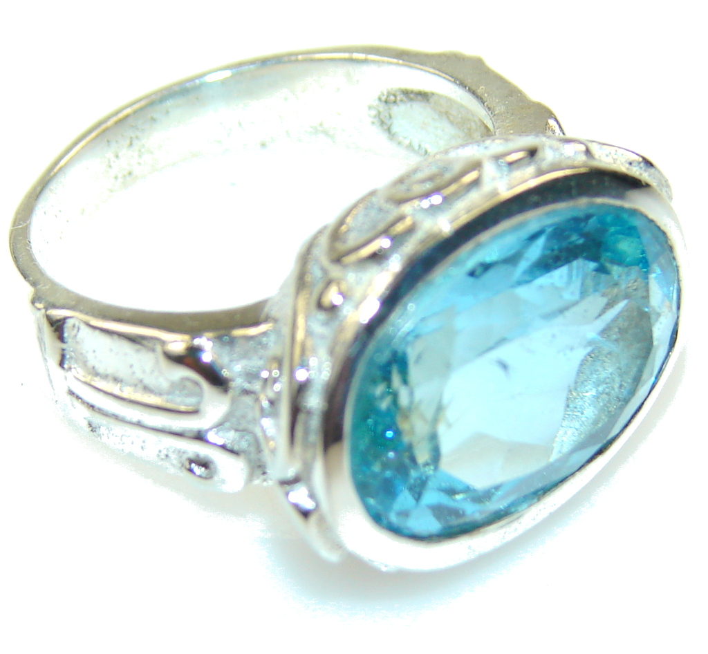 Amazing Light Blue Topaz Sterling Silver Ring s. 8