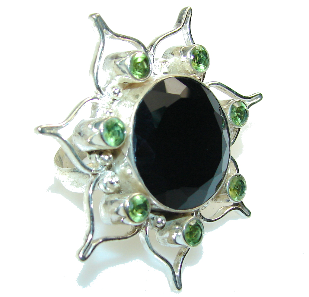 Beautiful Black Onyx Sterling Silver Ring s. 9