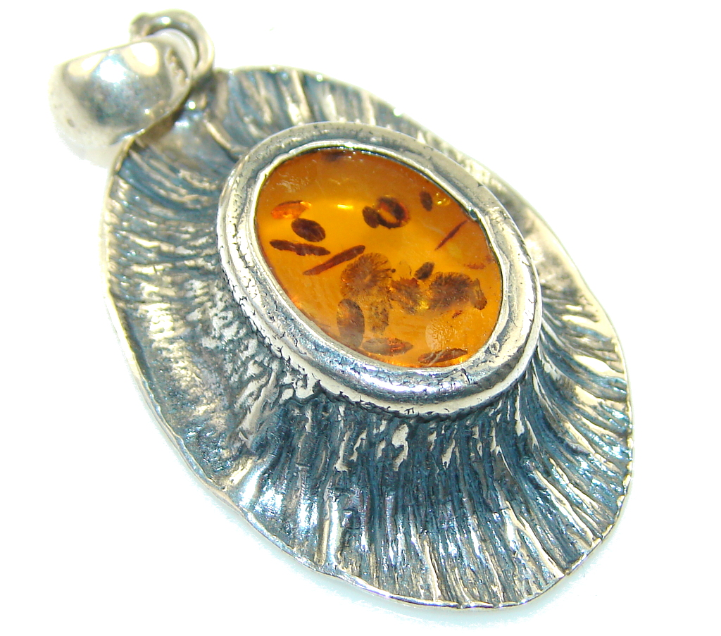 Classy Russia Amber Sterling Silver Pendant