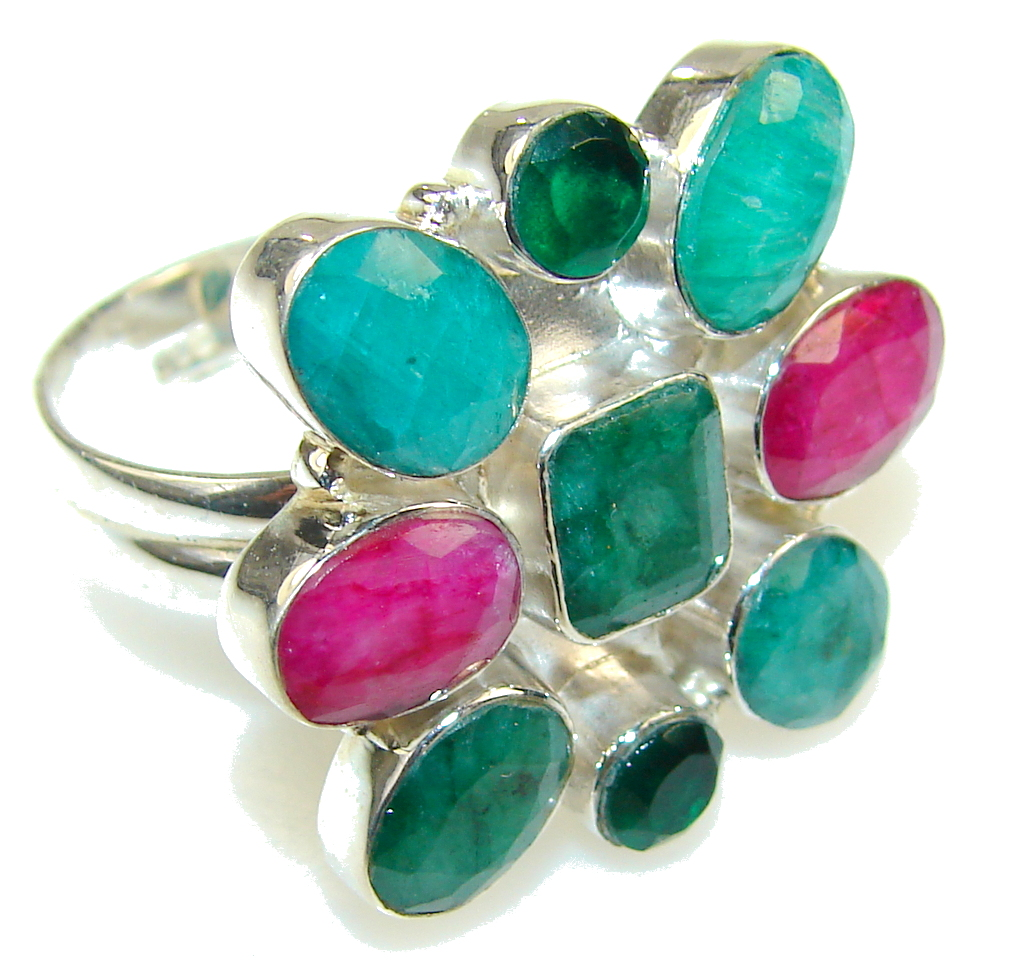 Simple Delight!! Green Emerald Sterling Silver ring s. 11