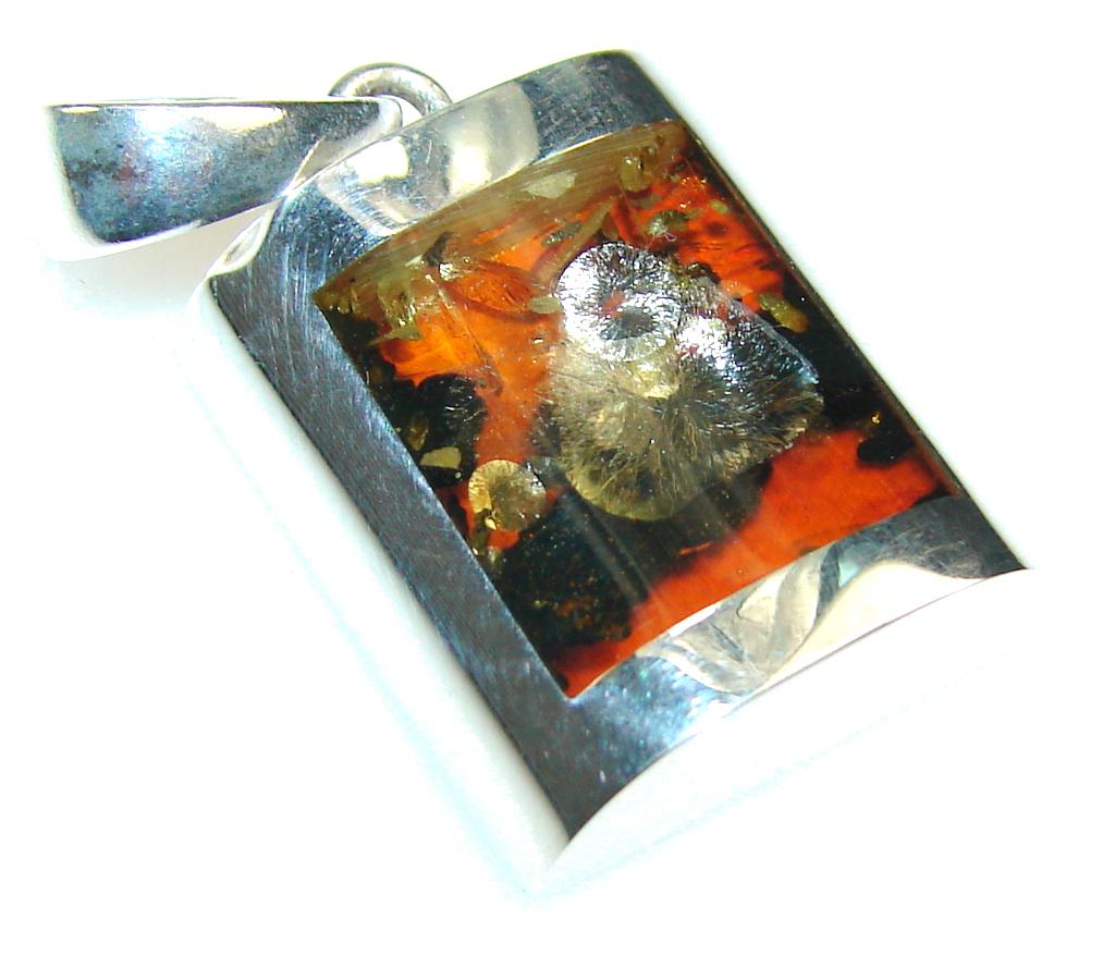 Stylish!! Petite Polish Amber Sterling Silver Pendant