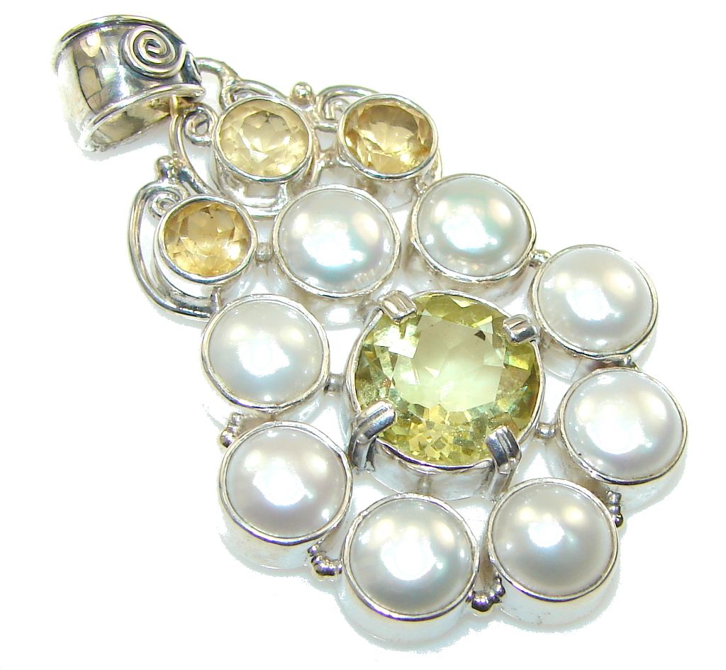 My Sweet! White Fresh Water Pearl Sterling Silver pendant 81431