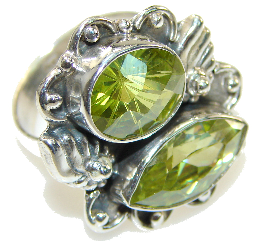 Poison rings, besides the ominous sounding title are similar to lockets, jewelry pieces with a compartment for items of sentimental value. These rings are making a comeback and are popular amongst modern jewelry crafters.