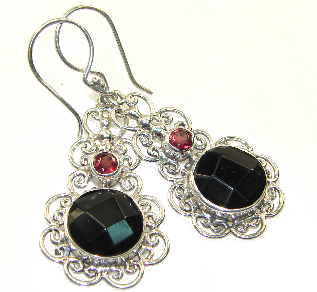 Fantastic Style Of Black Onyx Sterling Silver earrings