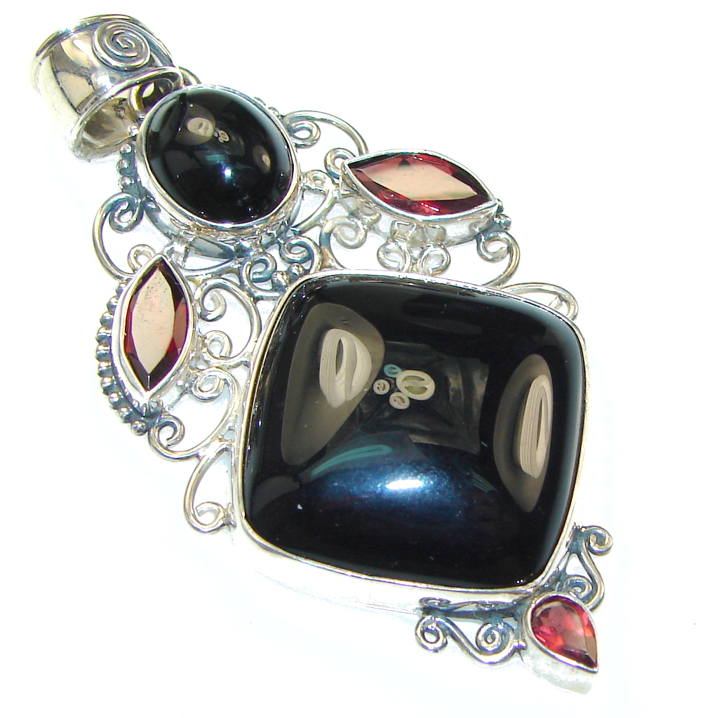 Awesome Style!! Black Onyx Sterling Silver Pendant