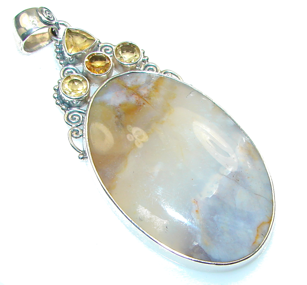 Stunning!! New Agate Sterling Silver Pendant