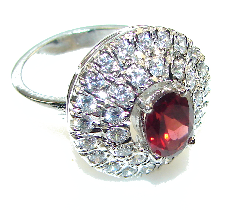 Beautiful!! Red Garnet Sterling Silver Ring s. 8 1/4