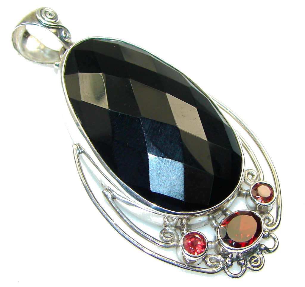 Fantastic! Black Onyx Sterling Silver Pendant