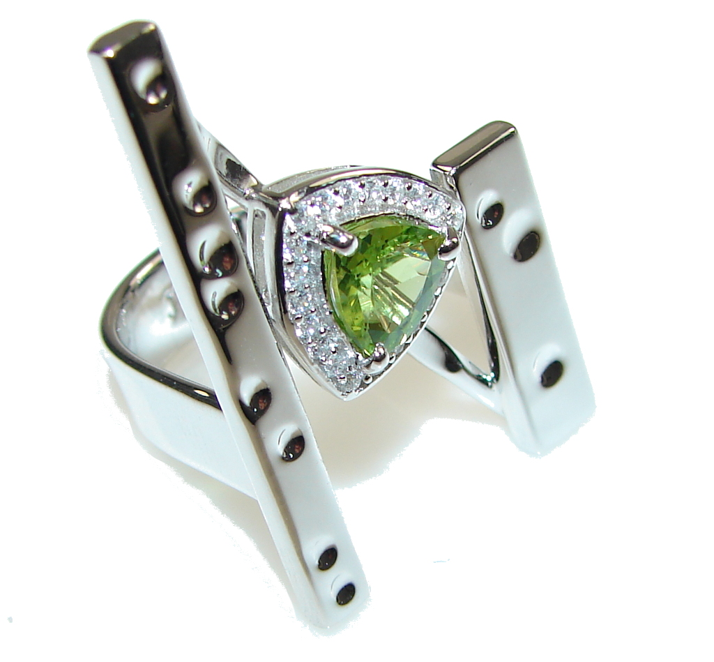 Big! Ultra Modern Green Peridot Sterling Silver Ring s. 7