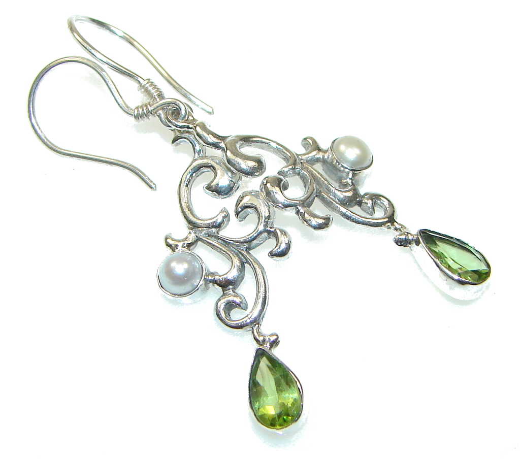 Bali Design Green Peridot Sterling Silver earrings