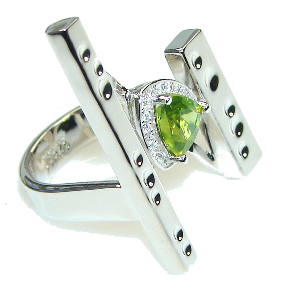 Big! Ultra Modern Green Peridot Sterling Silver Ring s. 6 1/4