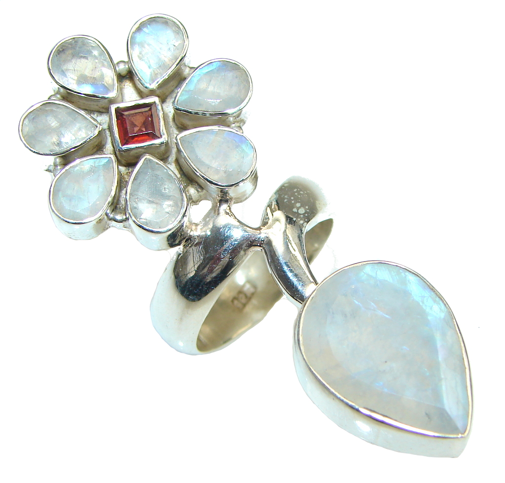 Large! Flower Design! White Moonstone Sterling Silver ring s. 7 1/4