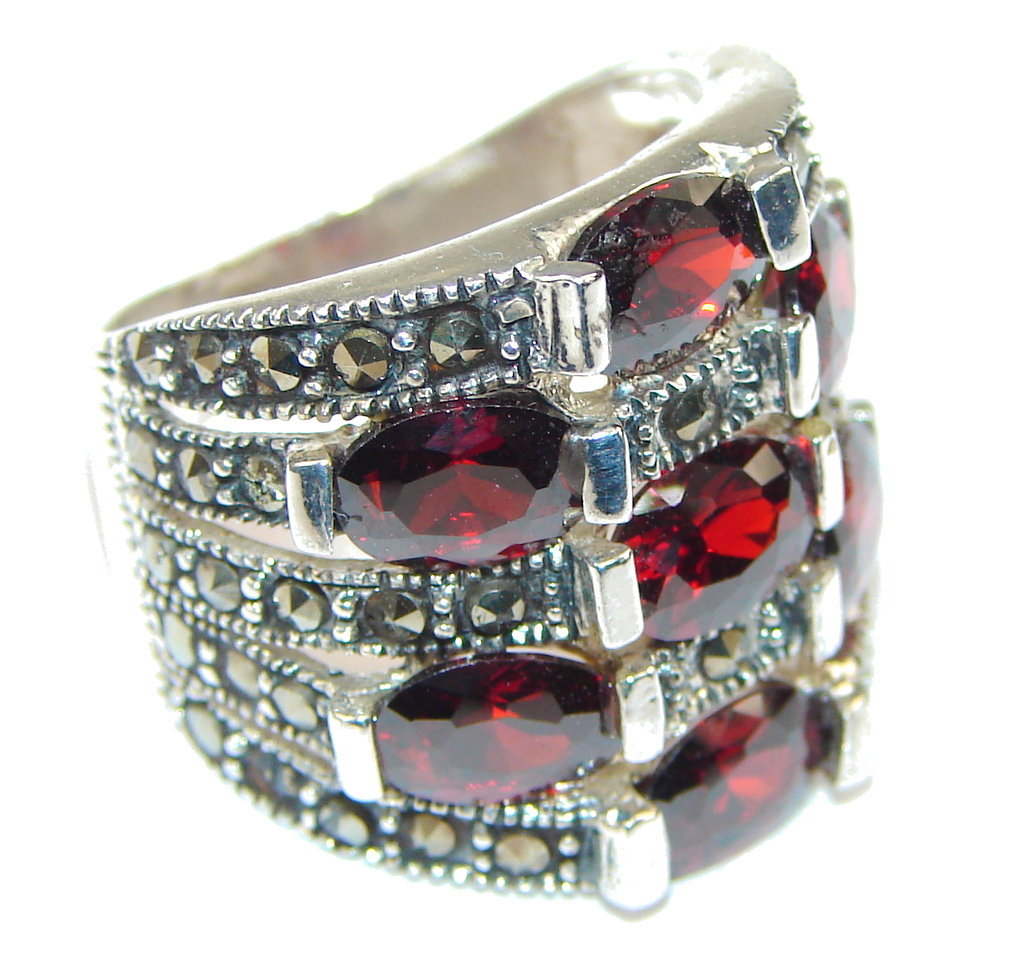 Amazing! Red Garnet Quartz & Marcasite Sterling Silver Ring s. 6 1/4