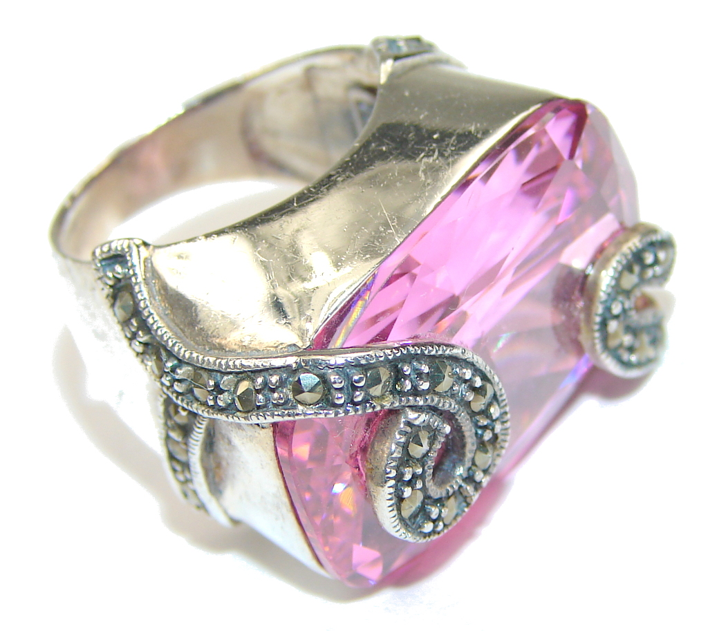 Beautiful! Pink Topaz Quartz & Marcasite Sterling Silver ring s. 6